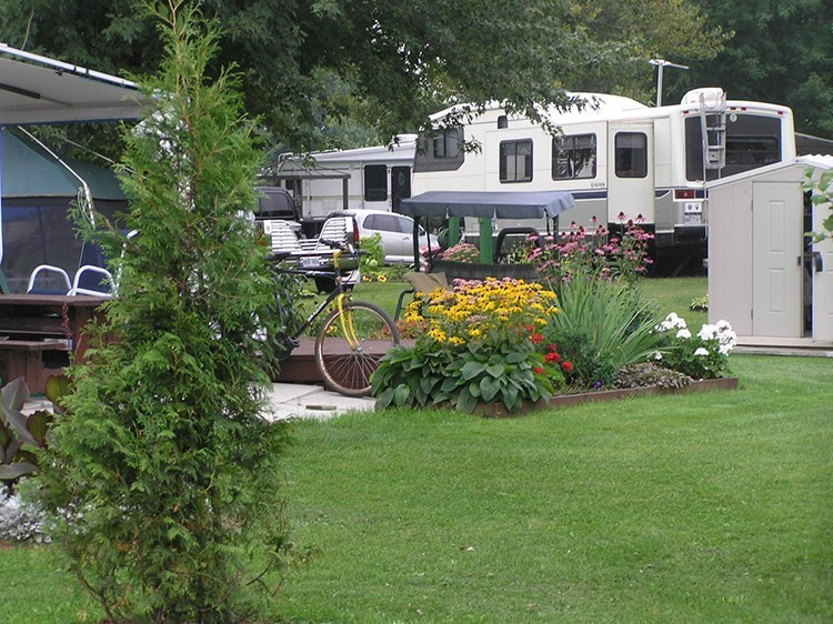 Camping Chenal-du-Moine